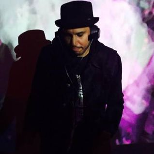 White Label Radio w_ Russoul aka Pleasure Prince on WNUR 89.3 FM Chicago Streetbeat