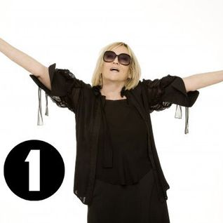 Annie Nightingale - BBC Radio1 (The 2 Bears Quest) - 29.10.2014