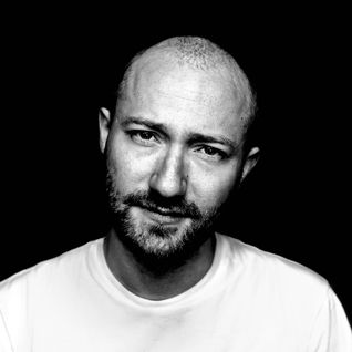 Paul Kalkbrenner - Essential MIx (30-07-2011)