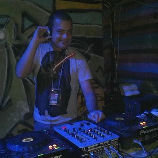 Neverlose - Mix2011.012