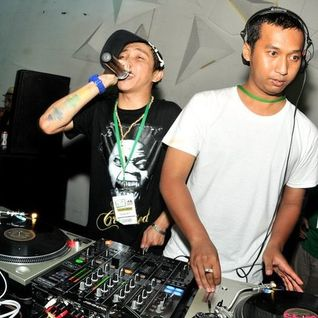 BIMA G feat DMZ, DFMC, DRIFT Live at PHUNKTION 60 - Dance Republic 2010
