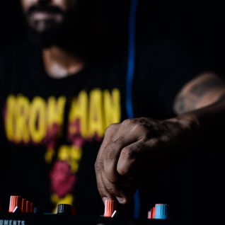 Mauro Telefunksoul ao vivo na festa HypnoseBeats @idearium studio bar SSA/BA