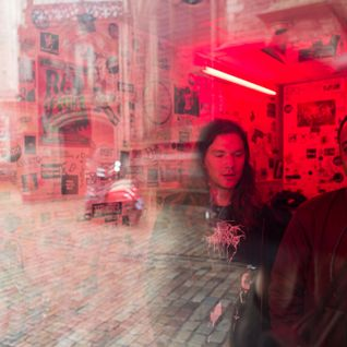 FvF Mixtape #100 – Red Light Radio