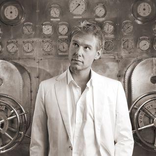 Armin van Buuren - Live @ Top 100 DJs Awards Party, Amsterdam Dance Event - 20-Oct-2011