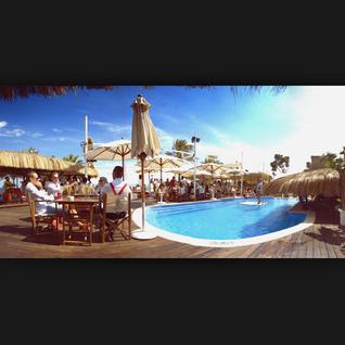 Aure y Shule, 11 de junio 2015 beach club