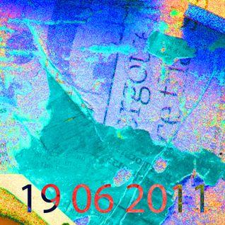 19 06 2011