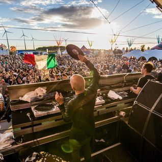 Sven Väth (Cocoon) @ Sound of Ibiza Mix Series #2 - Pete Tong Radio Show, BBC Radio 1 (10.06.2016)