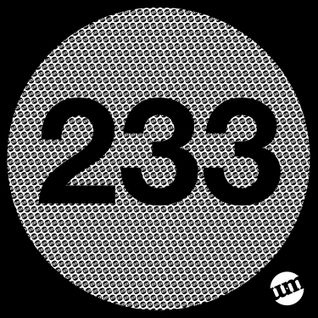 UM233 - Deep House Mix (22.06.15)