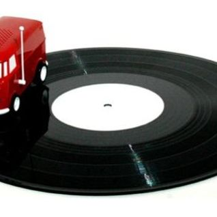 Vinyl Junkies Radio Show #3: Road Trip!