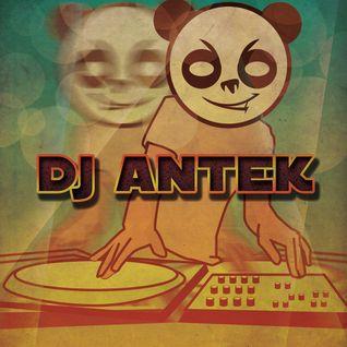 DJAntek - FunkyPumpingHouse [June 2012 Mix]