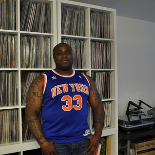 06 - Living with Vinyl - Mike Lawse