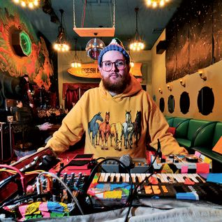 The Synth Hero Show w/ Dan Deacon - 21st September 2015