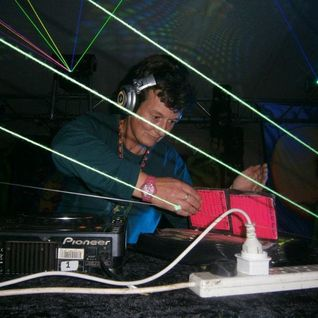 Lorraine(Psilocybe Tribe.Sunrise)2011 08 Funky Full on Psy Trance mix