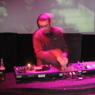 DJ GEDGE - FASTEN UR SEATBELT MIX APRIL 2011