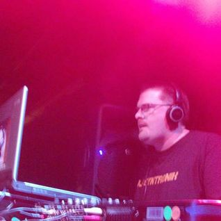 "DJ SYNTRONIK LIVE AT QUAD ATLANTA FOR ""TRANSPORT"" FEB. 22, 2012"