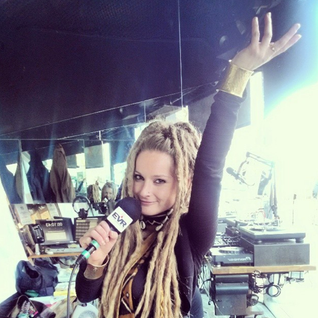 Jamaica Rock 03.27.14 - Zahira LIVE in the studio