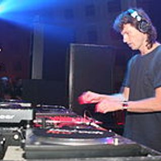 Hernan Cattaneo Resident Mix (Live from London) 21/04/2007