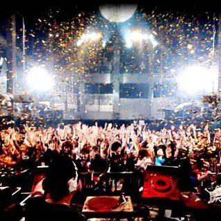 #ReloadedInTheMix: In The Club