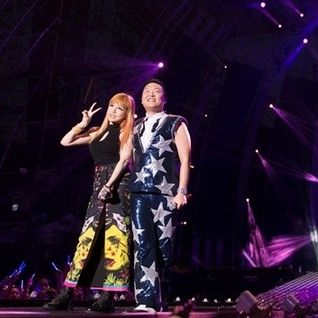 PSY with BOM(2NE1) 2012-08-11 SUMMER STAND CONCERT 2012