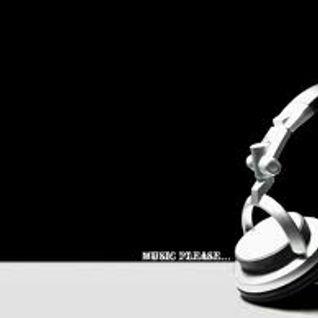 "Roach @ Magic Radio  ""Magic Grooves Sessions "" ......17/9/13"
