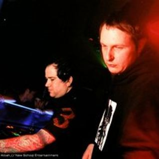 Dylan & Technical Itch - Live @ Therapy Sessions 2003