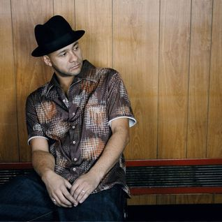 Dj Ease / Wax Da Box / 11.Dec.2012 / Ibiza Sonica