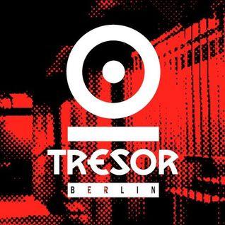 Techno Scene Classic :                                          Silent Servant @ Tresor Berlin 1998