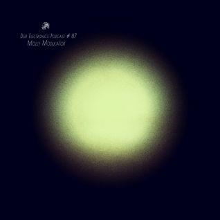Deep Electronics Podcast # 87 - Molly Modulator