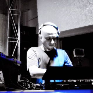 DJ WESLEY KONGO's PODCAST ~ ABRIL 2016
