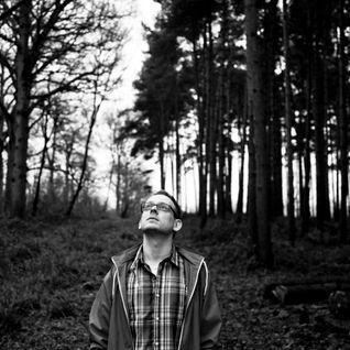 Hint on Futureboogie Radio [25 April 2004]