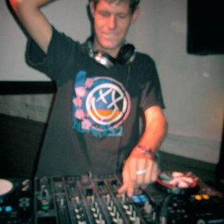 DJ Strach (Quintin de Lange) Ultimix@6 Entry October 2012