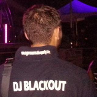 Castle Club Radio 05-11-13 (dj blackout)