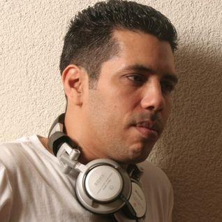 Old DJ Loves House