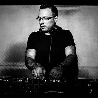 Switch vs. Radistai DJ's feat Vaidas Baumila - A Bit People Patchy Of The Night (Sonare Live MashUP)