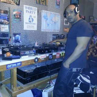 Dj Stevie G(1st hour) of back to 93 hardcore,then Dj Sugarkane(2nd hour) of jungle 93,94,95,96