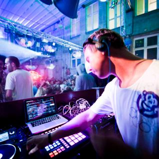Nils Noa Dj-mix August 2012