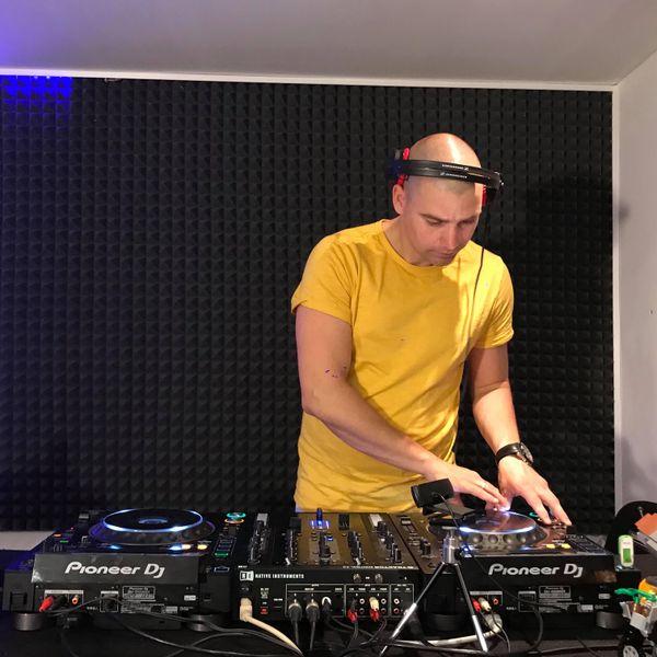 mixcloud DJSuna