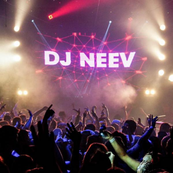 DJ nackt Neev DJ COMBO