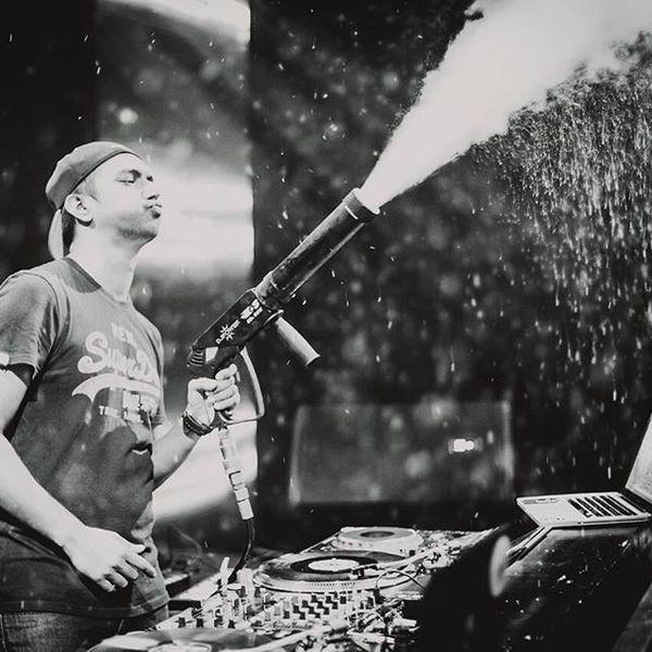 Guest mix 064 - DJ SKIP