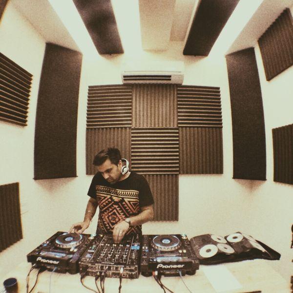 Guest Mix 060 - Nuphlo