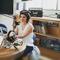 Interview de Sara MARGUIER, directrice du théâtre d'humour l'Entrepôt