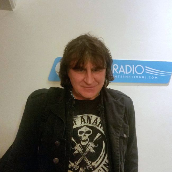 The Silent Radio Show 19/12/2015 Christmas Special with Mark Burgess (ChameleonsVox /The Chameleons)